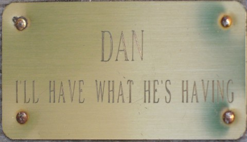 dan_plaque