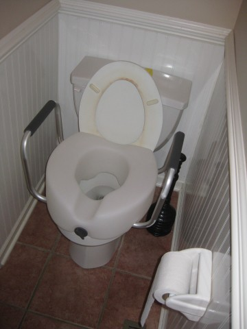 This toilet was not renovated with the college kids in mind.